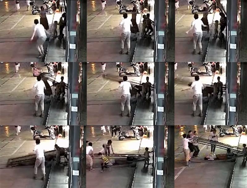 四川女子救小孩被玻璃地弹门砸伤监控
