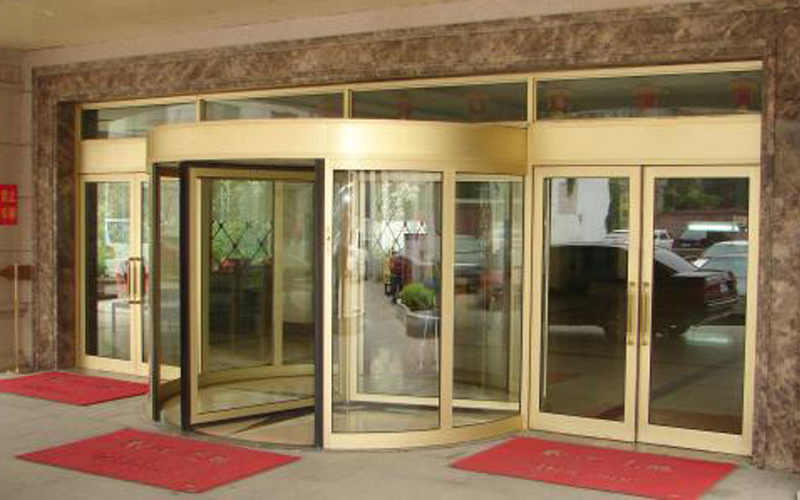 旋转门安装过程要点与旋转门安装注意事项