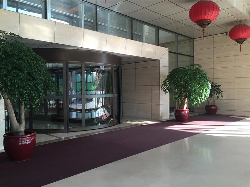 北京某国际酒店旋转门安全传感器检测服务案例