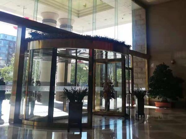 北京旋转门保养北京金台饭店大成路分店两翼旋转门保养服务案例