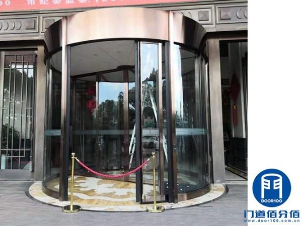 江苏常熟某五星级饭店欧必翼旋转门维修服务案例