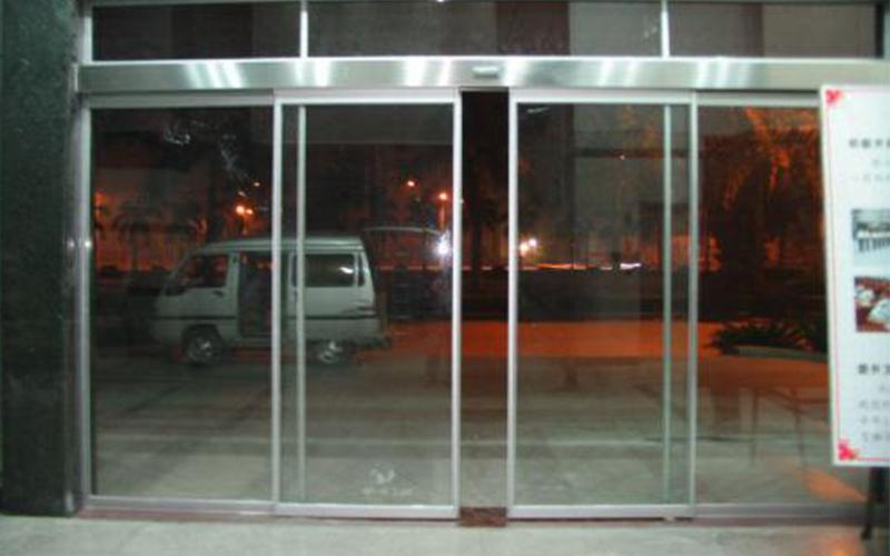 电动玻璃门的材质