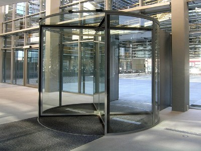 很少人知道的水晶自动旋转门安装或移装要求
