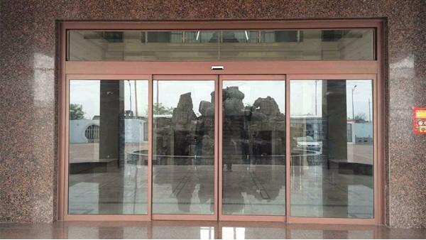 自动玻璃门维护保养小常识