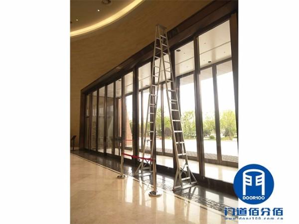 山东淄博艺术中心重型自动感应玻璃门维修服务案例
