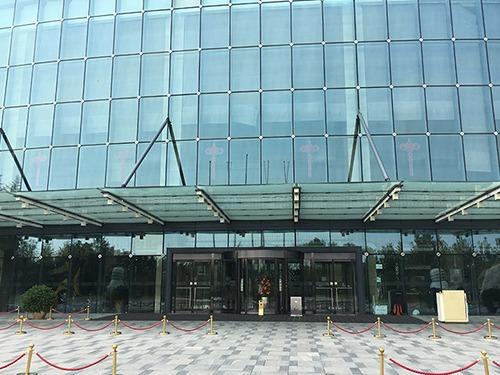 北京旋转门维修北京丽维赛德酒店自动旋转门维修服务案例