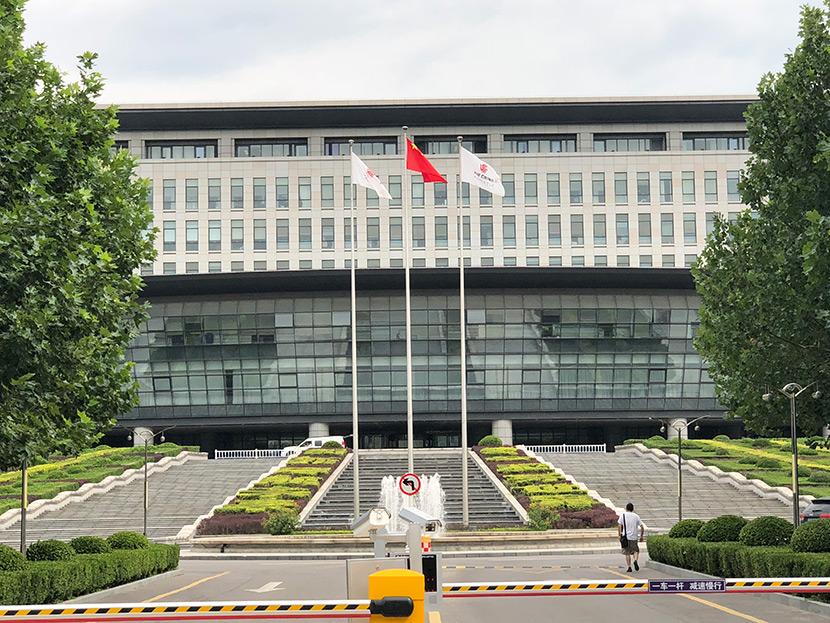 北京国航总部大楼自动门维修服务案例