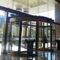 北京金台饭店大成路分店两翼旋转门保养