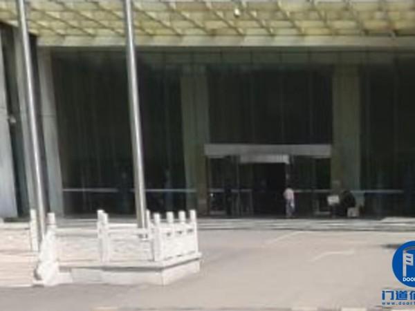 济南市凯必盛(KBB)旋转门配件维修服务案例